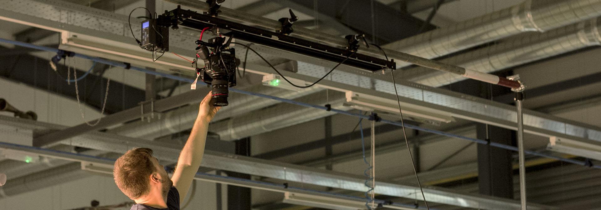 Kessler Cineslider – Overhead Slider Rig